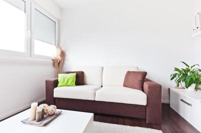 Rozkládací sedačka s úložným prostorem, zdroj: shutterstock.com